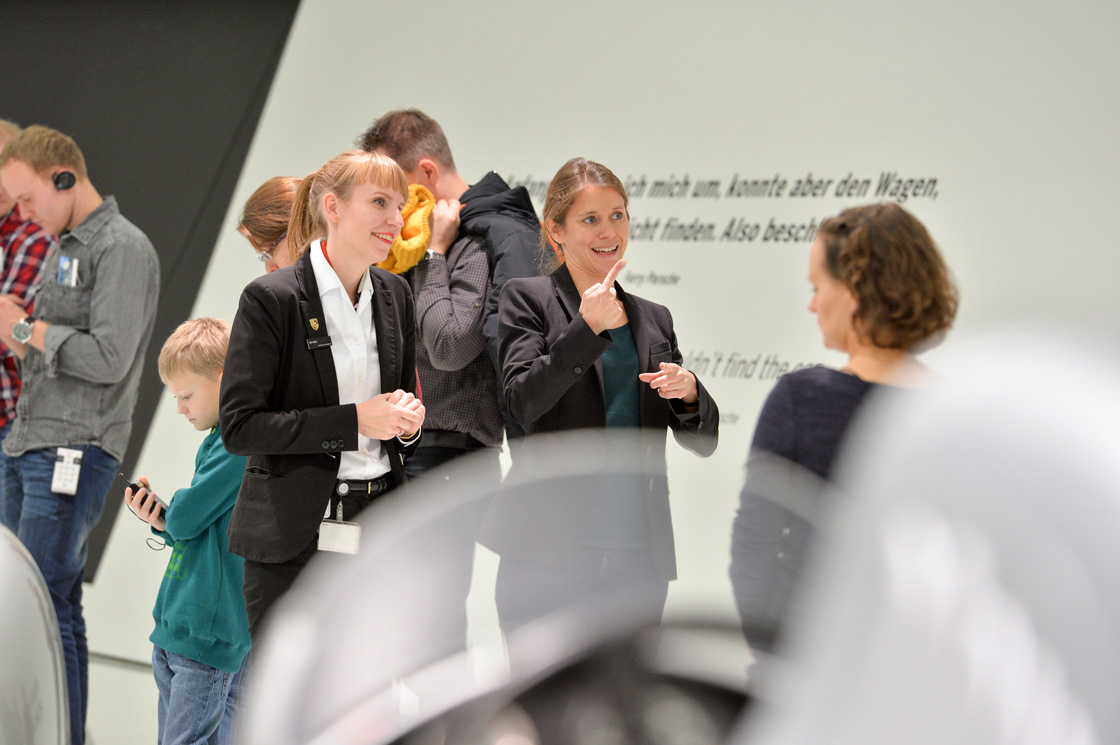 Referenz - Porsche Museum - Day of People with Disabilities